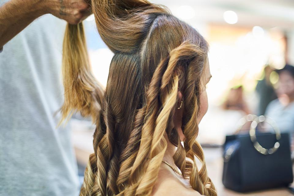 hairdresser-4542004_960_720