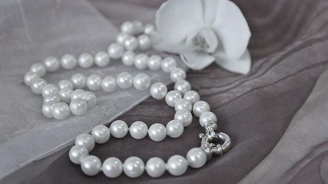 pearls-gfc5d0c3a2_640